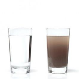 Test bei braunem Wasser